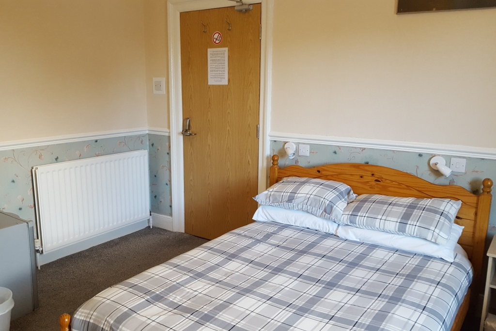 Double Bedroom At Annie's Guest House In South Shields